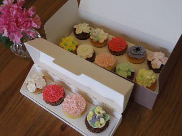 母の日のカップケーキ、限定販売のお知らせ