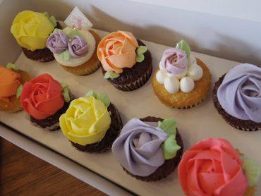 【6月限定】バラのカップケーキ限定販売のお知らせ