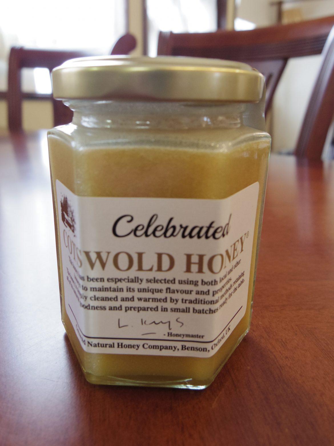人気のコッツウォルドハニーに「結晶状」の蜂蜜が加わりました