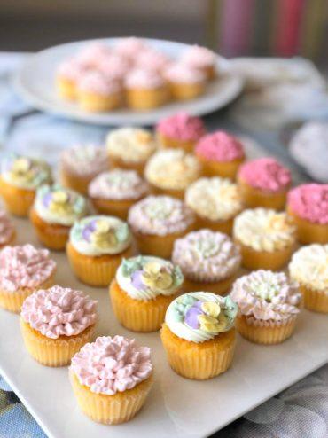 【完売しました】母の日のカップケーキ、ご予約承ります(販売日 5月9日(土)10日(日)限定)